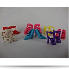 7 Pairs Of Shoes Made To Fit The Barbie